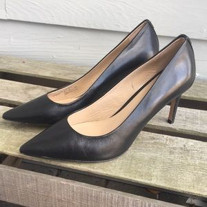 """Coach """"Smith"""" Pointed Toe Leather Pump Sz.9.5"""